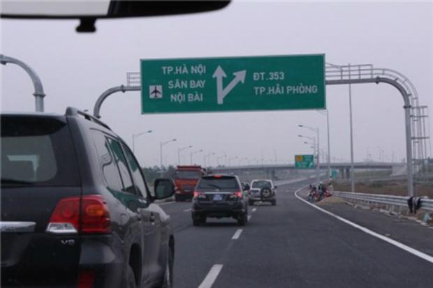 The Hanoi-Hai Phong Expressway